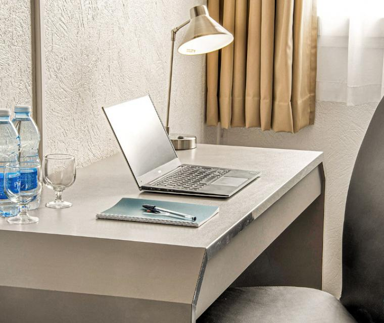 Meetings - L'initial - Chambre