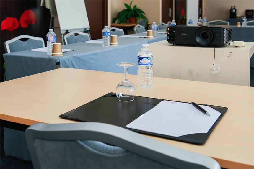 Meetings –  Appart'City Confort Toulouse Aéroport Purpan, salle de réunion