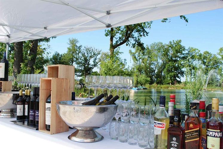 Meetings - Château de la Garrigue, cocktail