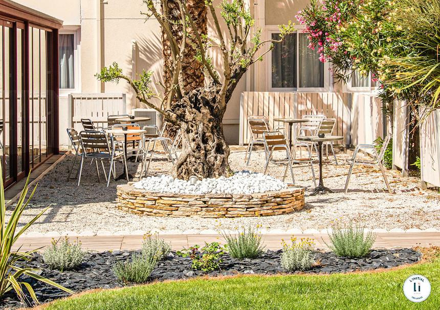 Meetings - L'initial - extérieur jardin